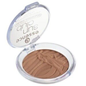 Essence Sun Club Shimmer Bronzing Powder.